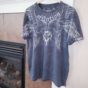 AFFLICTION DISTRESSED HEMS & NECK WINGS T SHIRT